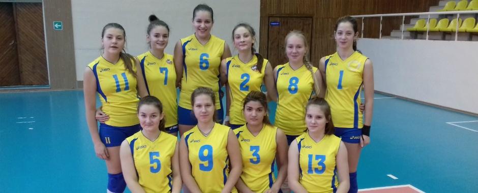 В СДЮСШОР прошел турнир по волейболу среди команд девушек 2003-04 г.р.